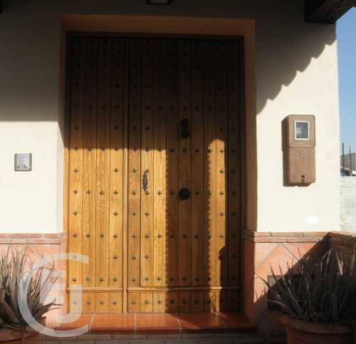 Puertas entrada madera maciza kamistad celebrity pictures for Puertas entrada madera maciza precios